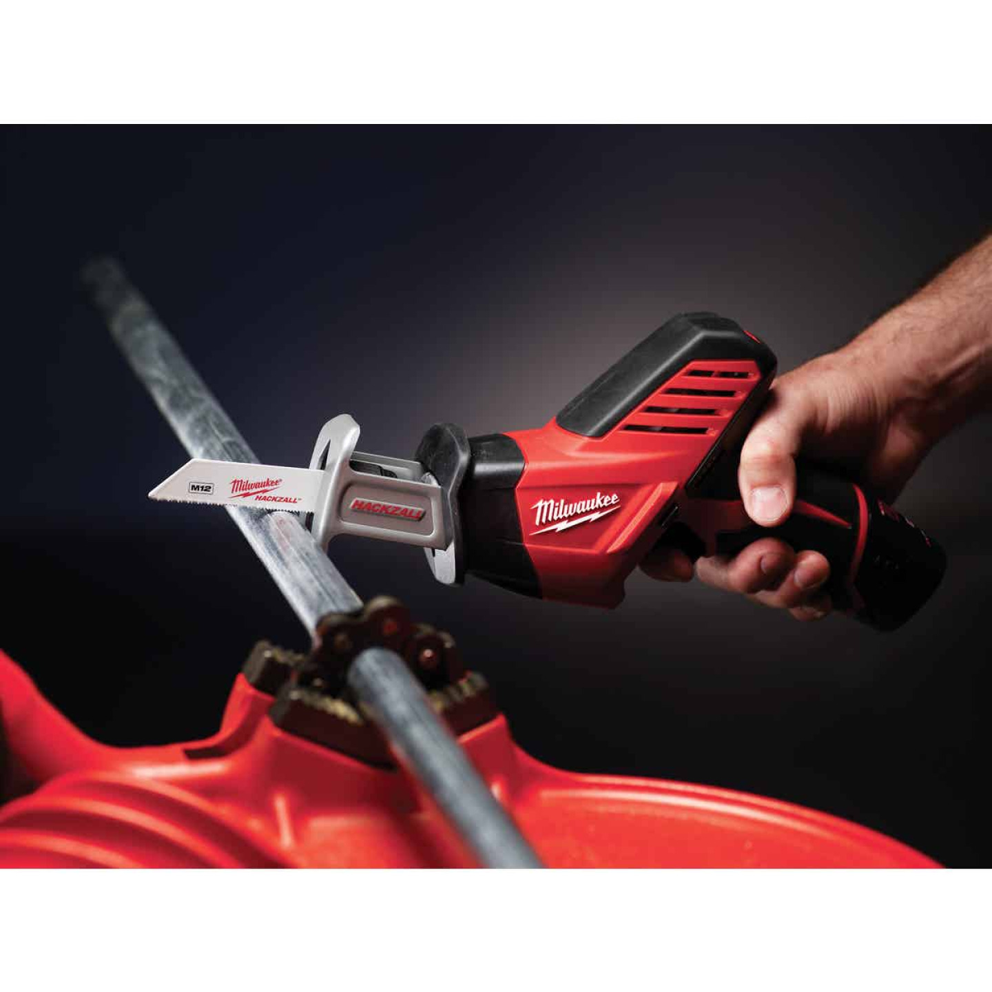 Milwaukee Hackzall M12 12 Volt Lithium-Ion Cordless Reciprocating Saw Kit Image 4
