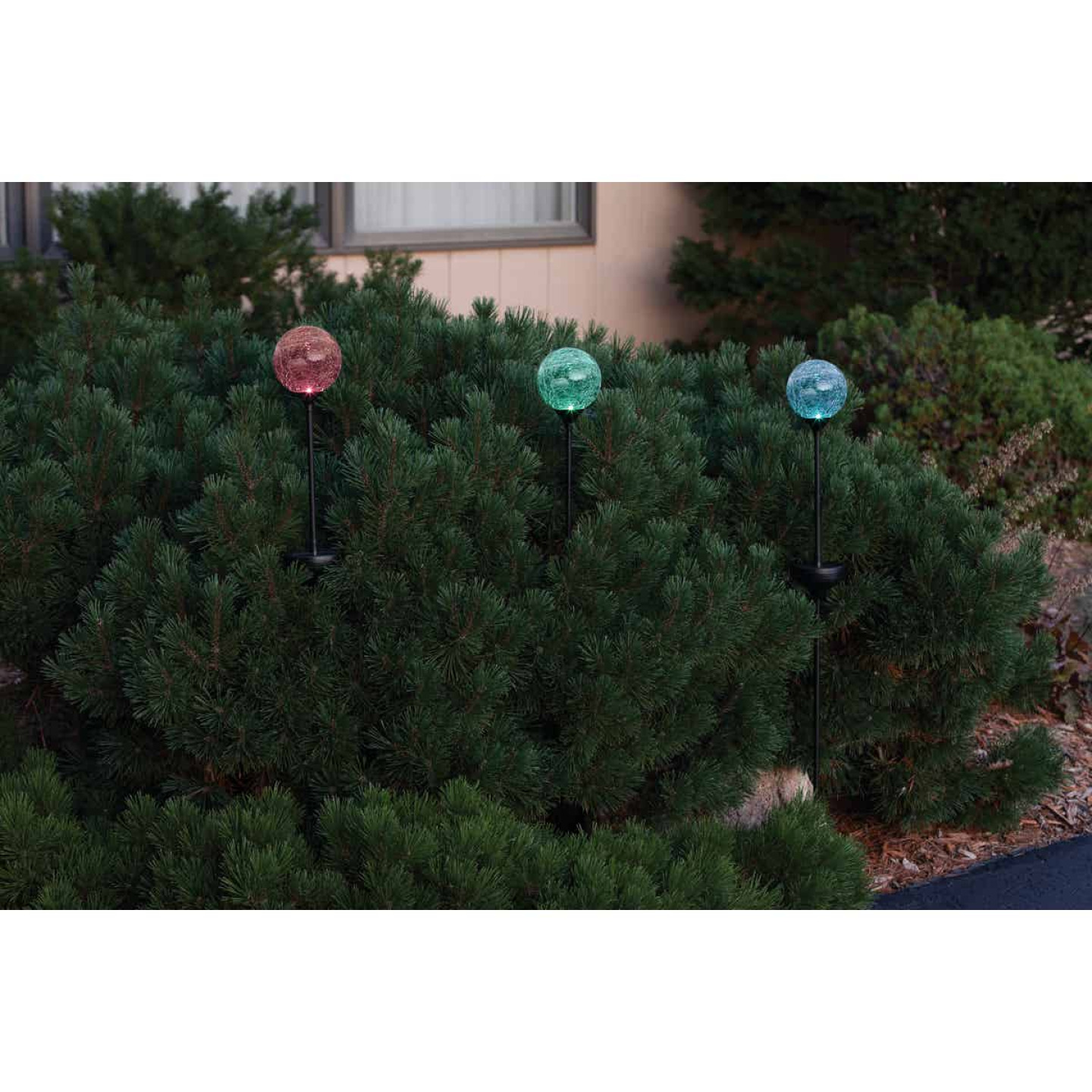 Moonrays Crackle Glass Globe 30 In. H. Solar Stake Light Image 2